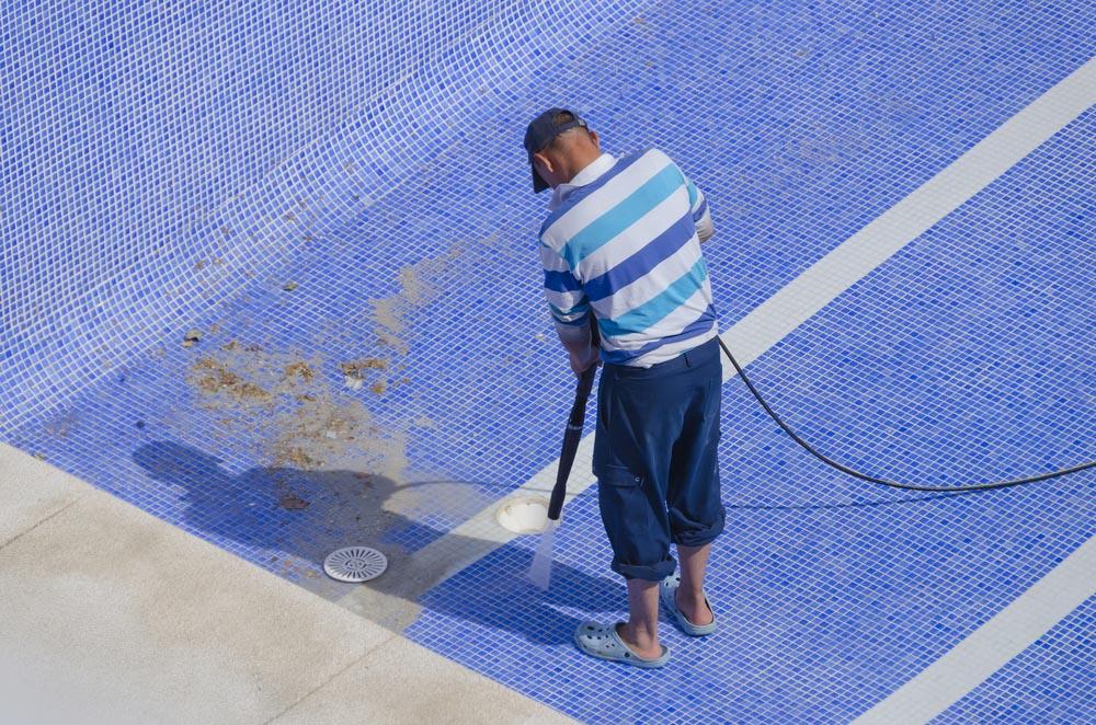 Pool Cleaning Tonbridge Wells